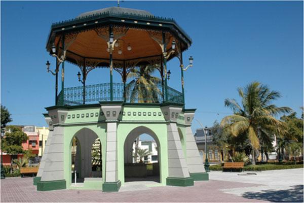 Plaza Historica